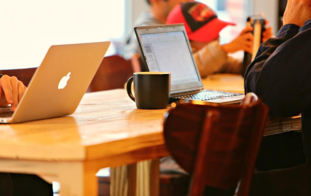 無料ブログサービスと有料ブログサービスのどちらがいいのか?