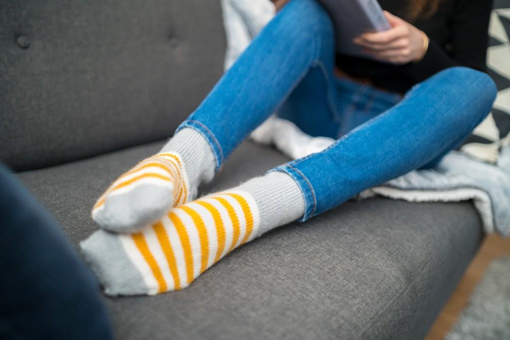 足が臭い!?靴下で出来る足の臭い対策とは?